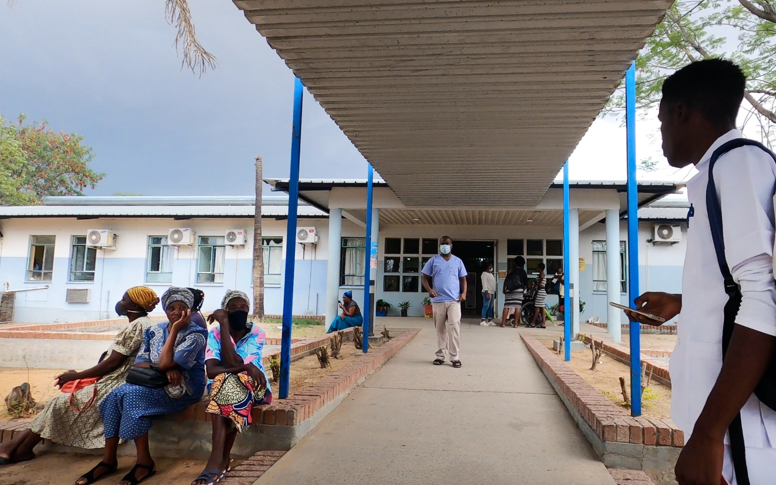 22 - Rundu Hospital entrance.jpg